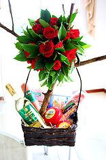 Canasta y Rosas