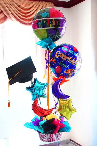 Graduacion Grande - Arreglo #1082 - Floristeria El Salvador - Flores a